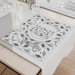 Set - Place Mats + Cloth Napkin - Geometry in white