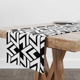 Тишлайфер - Триъгълници в черно и бяло