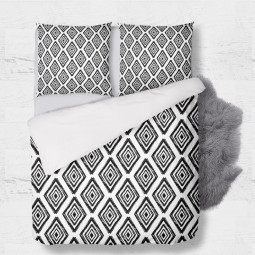 Set - duvet Cover + 2pc shams - Black and white