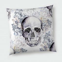 Декоративна възглавница с цип - Готически черепи