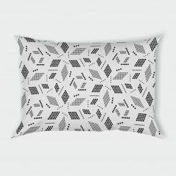 Декоративна калъфка - Геометрия в бяло